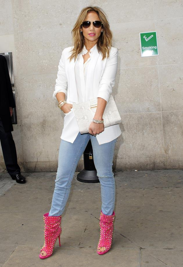 82 Best Celebrity Moms images | Maternity style, Maternity ...