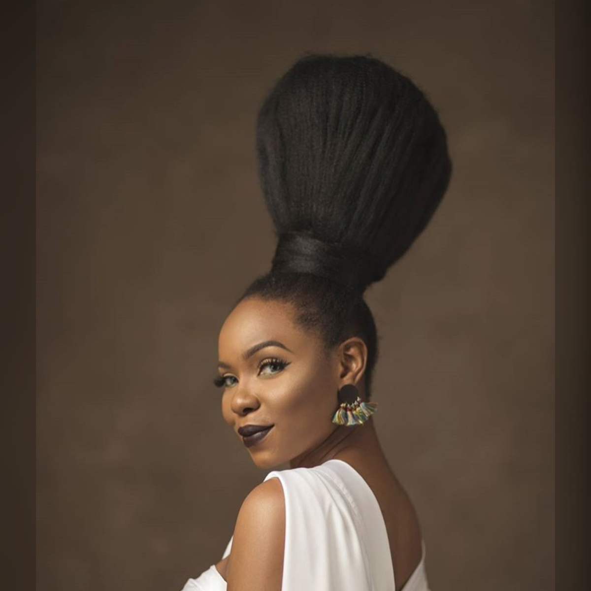 Yemi Alade is the Queen of Hair Styles! See why.